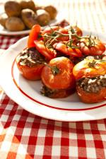 Przepis na zapiekane pomidory faszerowane kaszanką