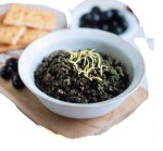 Tapenada z czarnych hiszpańskich oliwek i anchois