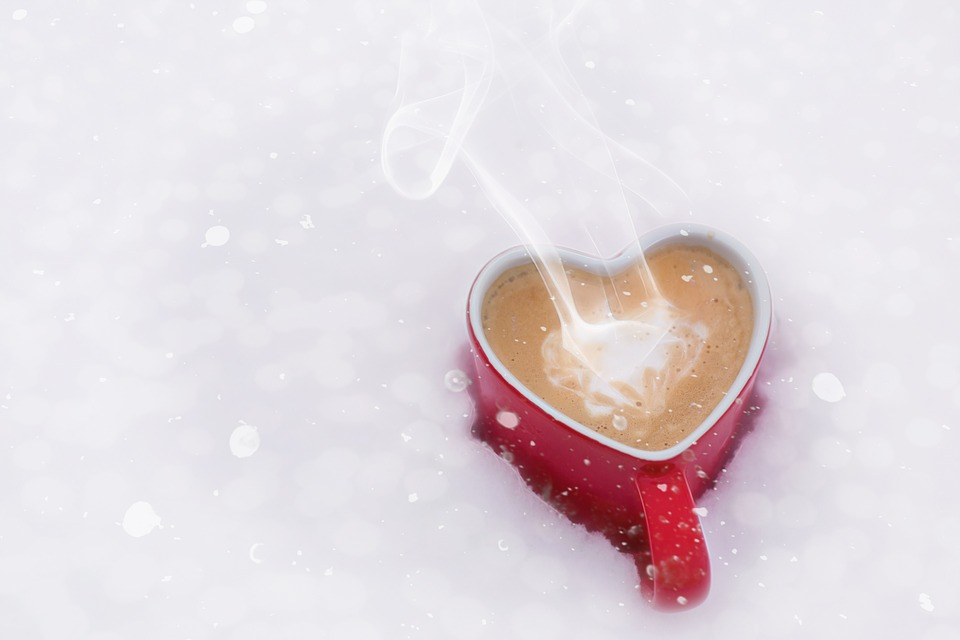 kawa w świątecznym stylu