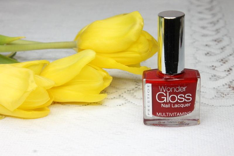 Prestige Cosmetics czerwony lakier do paznokci