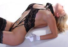 seks a mały biust