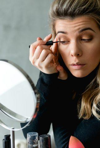 najnowsze trendy w makijażu