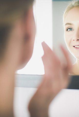 Sposób na idealnie gładką skórę twarzy - poznaj peeling cukrowy