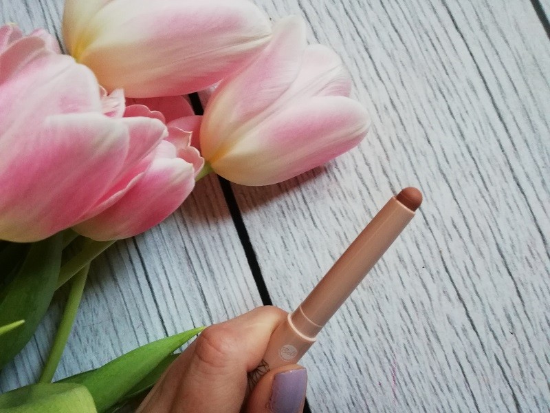 Bell Long Lasting Mat Lipstick
