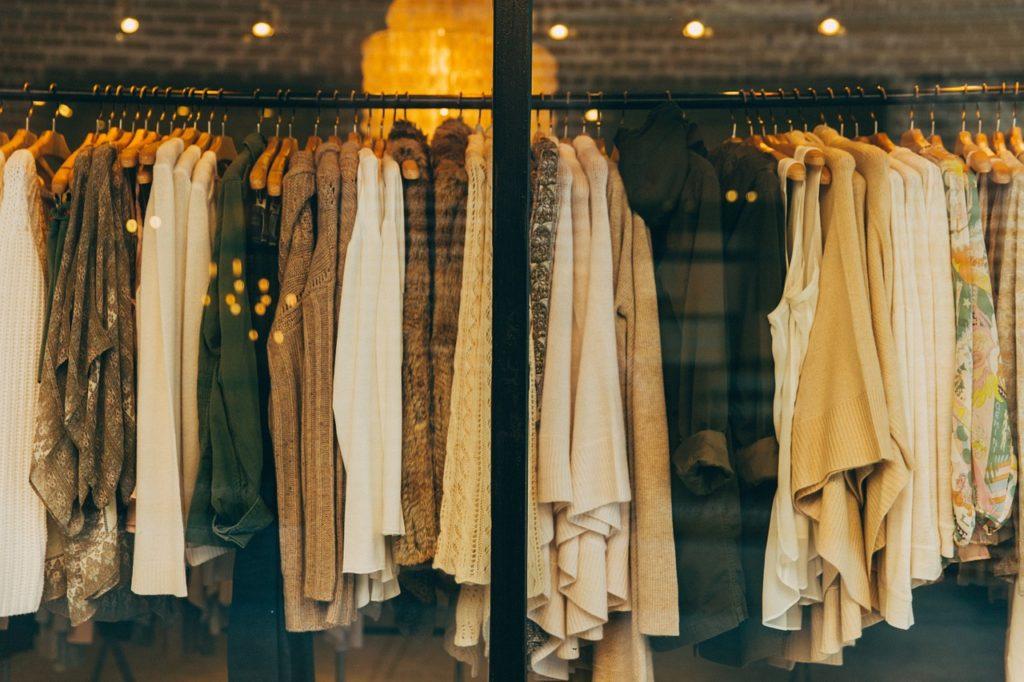 Zara wprowadza nowe rozwiązanie technologiczne ułatwiające odbiór paczek