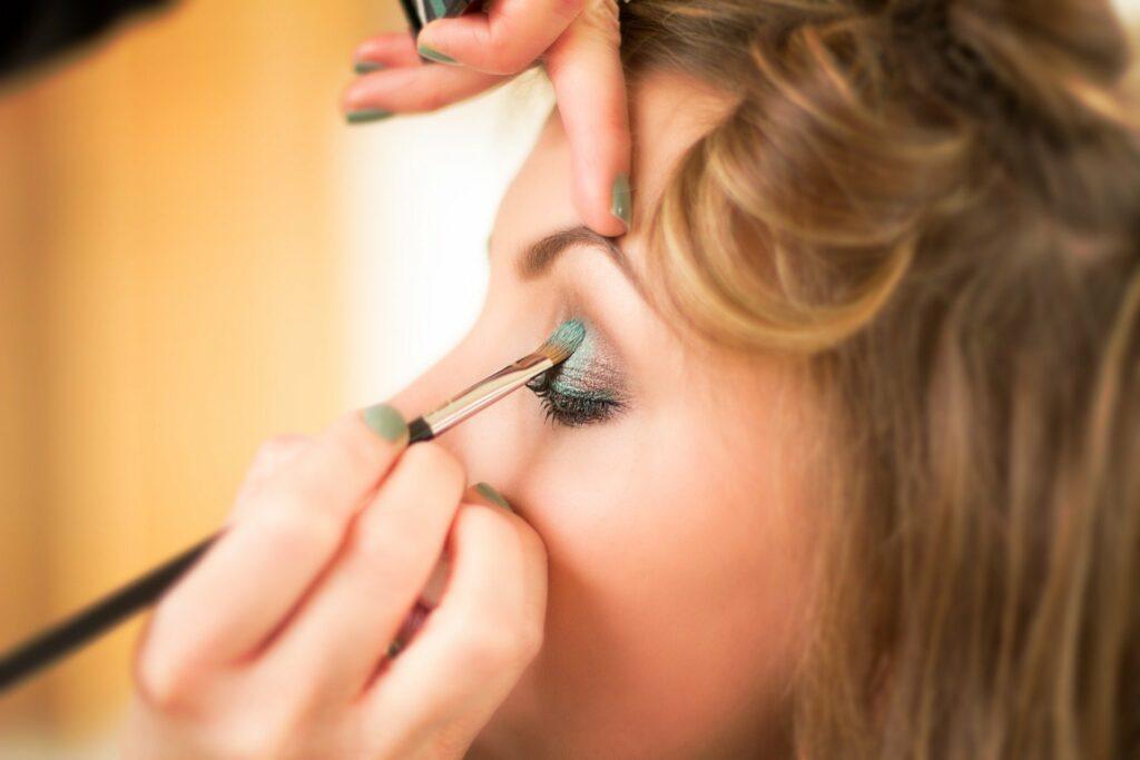 Prosty makijaż oczu