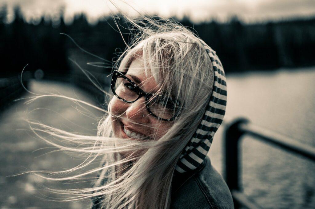 Dlaczego nie należy rezygnować z okularów, gdy mamy wadę wzroku