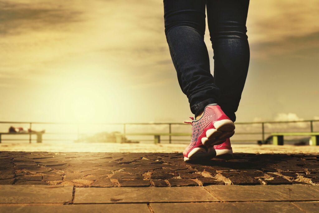 Dlaczego spacer jest tak ważny w dobie epidemii koronawirusa