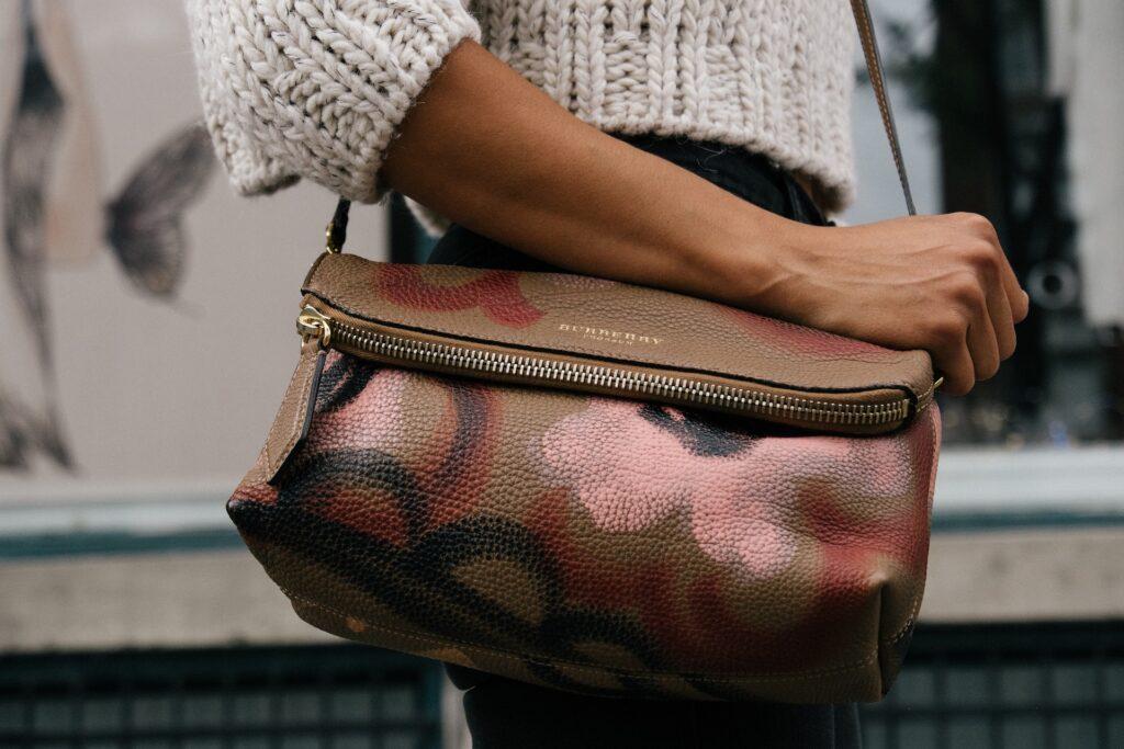 Jak przechowywać torebki
