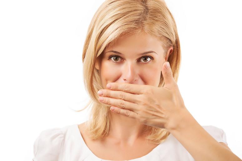 nieświeży oddech - jak się go skutecznie pozbyć
