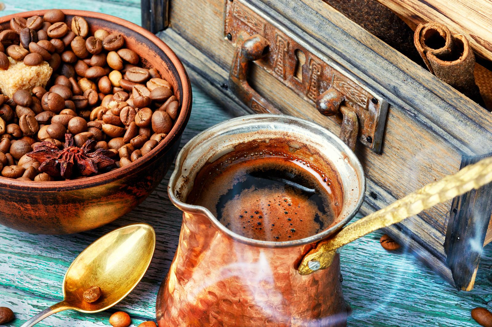 Dlaczego czujesz senność po wypiciu kawy