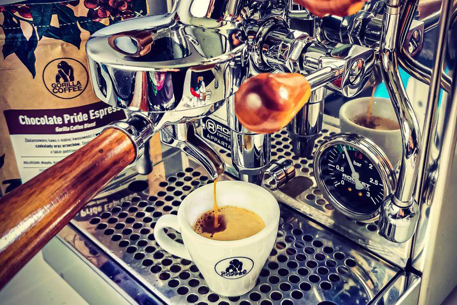 Jak to się dzieje, że kawa pobudza