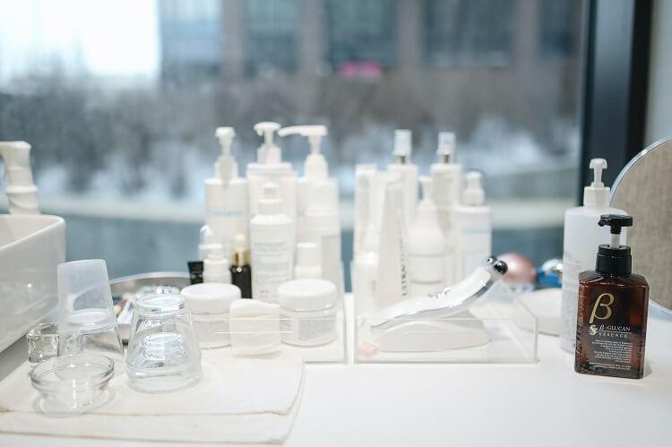 Jak rozsądnie kupować kosmetyki