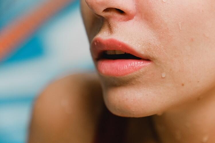 Sposoby na spierzchnięte usta